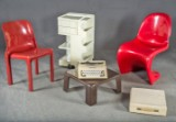 Magistretti Stuhl Selene, Colombo Container Boby, Bellini Sofatisch, Ollivetti Lettera 25, Panton Chair (5)