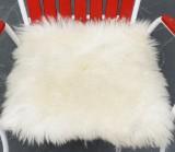 Fire hvide sæder af skandinaviske lammeskind (4)
