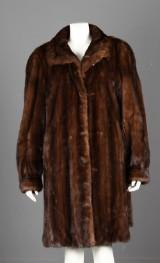 Saga Mink frakke, minkpels