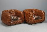 Korgfåtöljer med Baker tyg, 2 st