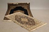 Par Iranske tæpper. Tabriz. 157 x 112 cm og Nain 141 x 91 cm (2)