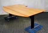 Elektrisk justerbart skrivebord