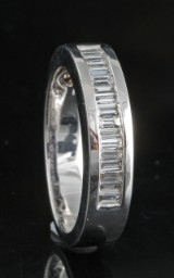 Diamond ring in 18kt approx. 0.39ct