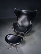 Arne Jacobsen, The Egg, with ottoman, black leather (2)