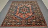 Orientalisk handknuten matta, 221 x 187 cm