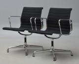 Charles Eames. Par armstole, model EA-108 (2)