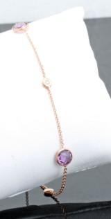 Amethyst bracelet in 18kt  gold.By Kapriss jewellery.