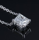 Diamond solitaire pendant, 18 kt. white gold with diamond, approx. 0.62 ct. H/VS