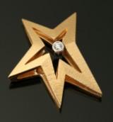 Ole Lynggaard star clasp, 18 kt. gold