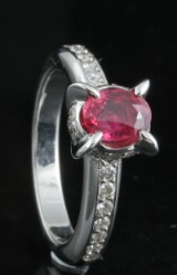 18kt. ruby and diamond ring approx. 0.50ct