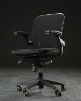 IKO kontorstol med flydende vip