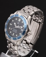 Omega Seamaster 'James Bond' automatic men's watch, steel and date