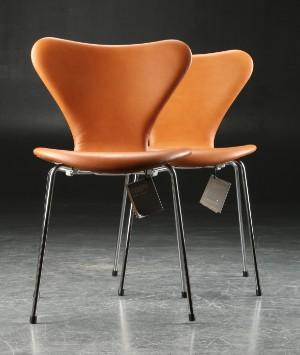 Arne Jacobsen Paar Stühle Serie 7 Leder Modell 3107 2 Diese