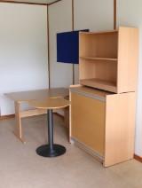 Gangsø skrivebord, reol samt cafebord (3)