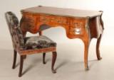 Skrivebord i Louis VII stil, rosentræ m. intarsia samt tilhørende stol (2)