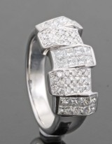 Diamond ring in 18kt approx. 1.23ct