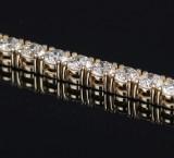 Classic diamond tennis bracelet in 14 kt. gold, total 5.52 ct