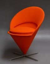 Verner Panton. Cone Chair / Kræmmerhusstolen