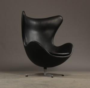 arne jacobsen sessel 39 das ei 39 schwarzes originales. Black Bedroom Furniture Sets. Home Design Ideas