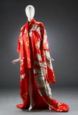 Japansk kimono af silkesatin