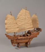 Skibsmodel efter kinesisk junke, 1900-tallets 2. halvdel