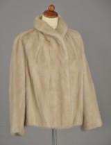 Kort teater jakke af Pearl mink, ca. str. 40