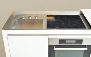 AFVENT Norbert Wangen født 1962. Boffi køkken model K2 af Corian og rustfrit stålstål | Lauritz.com