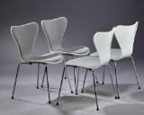 Arne Jacobsen. Fire stole model 3107 'syveren (4)
