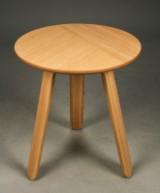 GamFratesi for Gubi. Sofa- / sidebord model Paper tables.