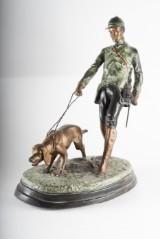 Skulptur, jägare med hund. Patinerad metall. 1900-tal.