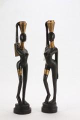 2 stk. balinesiske figurer af træ, delvis guldbemalet. Long Neck Lady. H. 75 cm. (2)