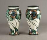 Danico, par vaser, hornglaseret lertøj (2)