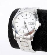 Seiko armbåndsur, model Sapphire i stål.