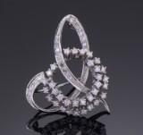 Brillant- og diamantbroche af 14 kt hvidguld, ca 1.08 ct