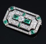 Art Deco emerald and diamond brooch, total approx. 4.25 ct. C. 1920