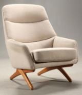 Illum Wikkelsø. Easy chair with teak legs