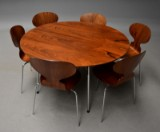 Arne Jacobsen. Table with six chairs in Rio-rosewood. 1950s (7)