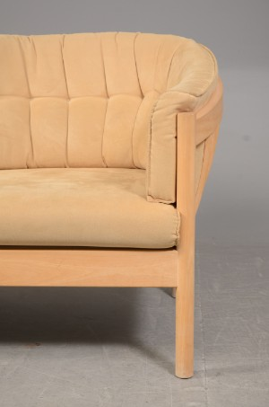 nielaus 2 3 pers sofa monteret med alcantara 2. Black Bedroom Furniture Sets. Home Design Ideas
