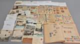 Samling frimærker, prospektkort samt danske og udenlandske postkort