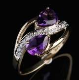 Ametyst- og diamant ring af 9 kt guld