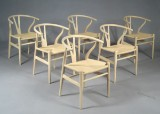 Hans J. Wegner. A set of six chairs, Wishbone Chair, model CH-24 (6)