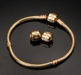 Pandora. Armlænke af 14 kt. guld med klemmelås samt to ekstra låse (3)