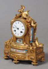 Fransk kaminur, porcelæn / bronce, 1800-tallet.