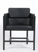 Thomas Lykke for Fredericia Furniture. Armstol, model `Din chair, sort læder.