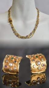 Collier og ørestikker af guld, med diamanter, ædelsten og perler ( 3 )