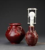 Jais Nielsen for Kgl. P. Krukke og lampe af keramik (2)