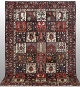 Carpet, figural Baktiari, Persia, 315 x 215