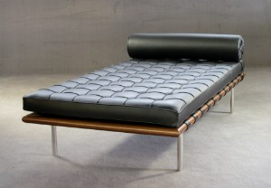 m bel mies van der rohe daybed liege f r knoll international de hamburg. Black Bedroom Furniture Sets. Home Design Ideas