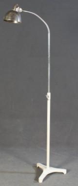 Christian Dell, Bauhaus Stehlampe Modell 6746 mit Schwanenhals, 1930er Jahre