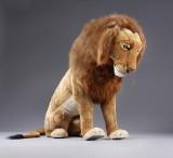 Hansa Toys. Large mechanical lion